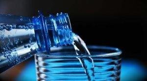 Mineralstoffe wichtig - Richtig trinken bei Hitze