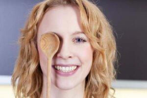 Haut-Probleme Rosacea & Ernährung - 8 Tipps